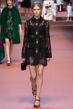 Dolce&GabbanaFall2015(Lace)